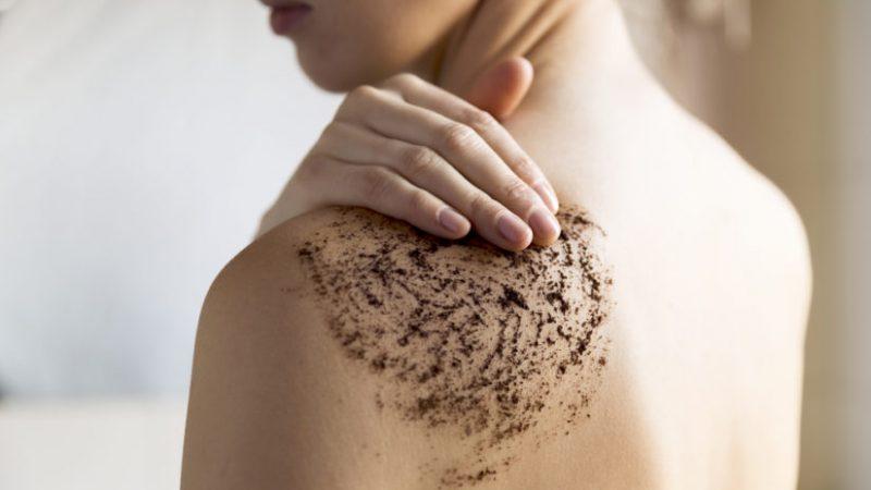 Por qué es importante exfoliar la piel