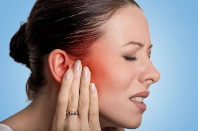Cómo aliviar el dolor de oídos