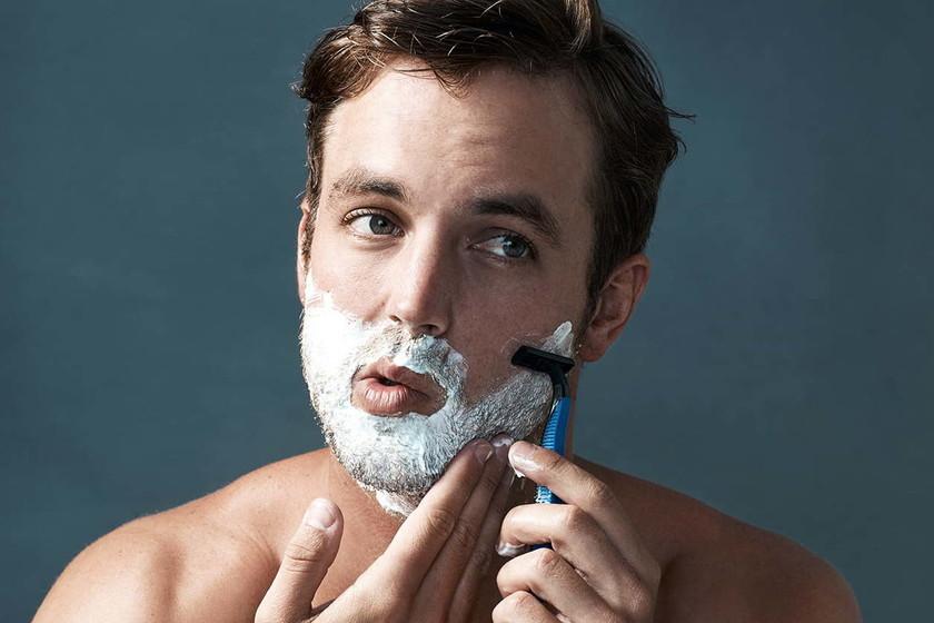 cuídate de la irritación del afeitado