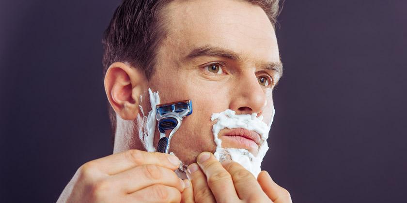 porque sufres irritación al afeitarte