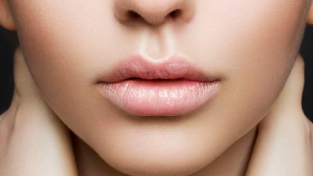 como maquillar los labios
